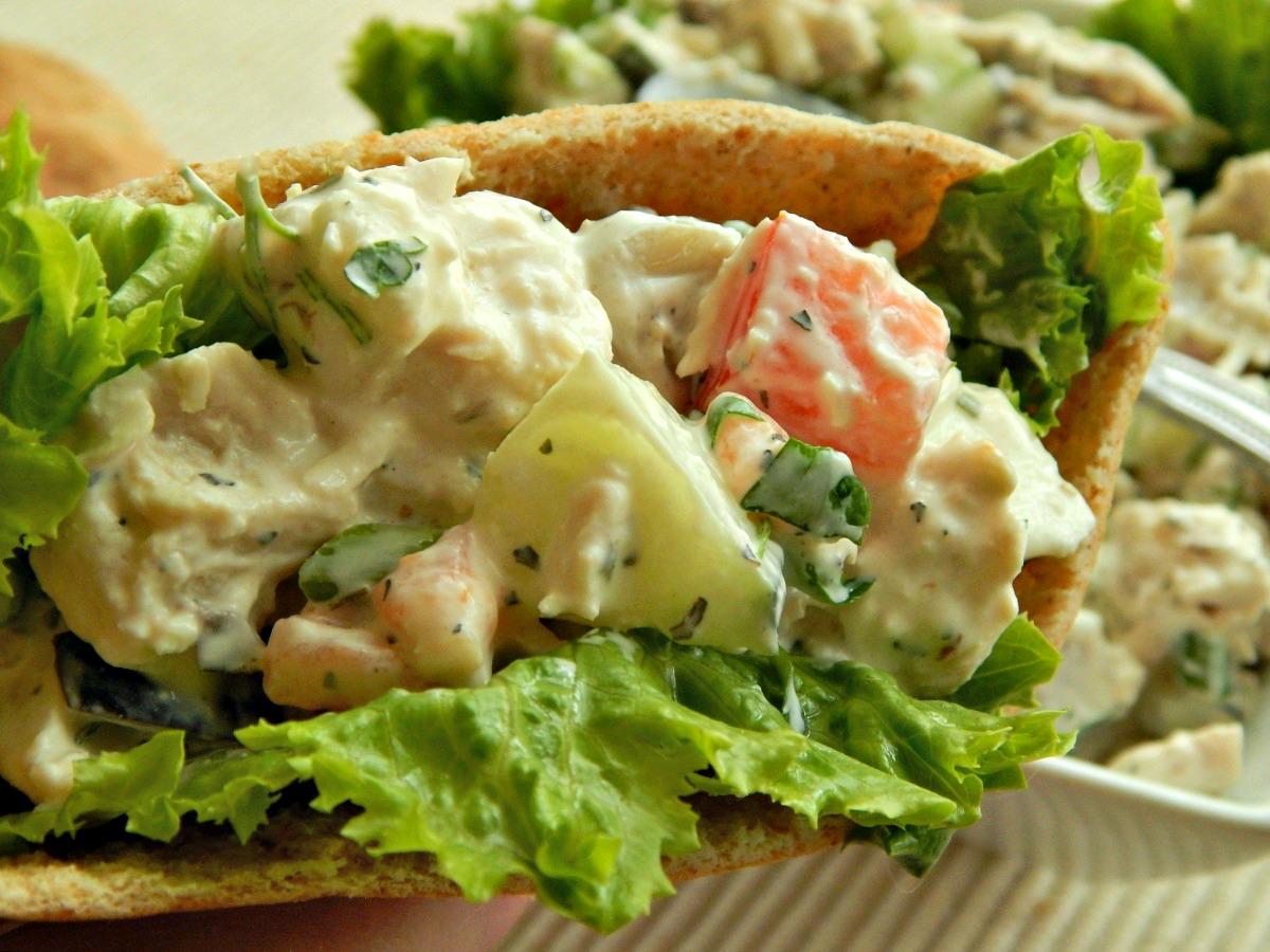 Greek Chicken Salad http://frugalhausfrau.com/2015/04/17/greek-chicken-salad-sandwiches/