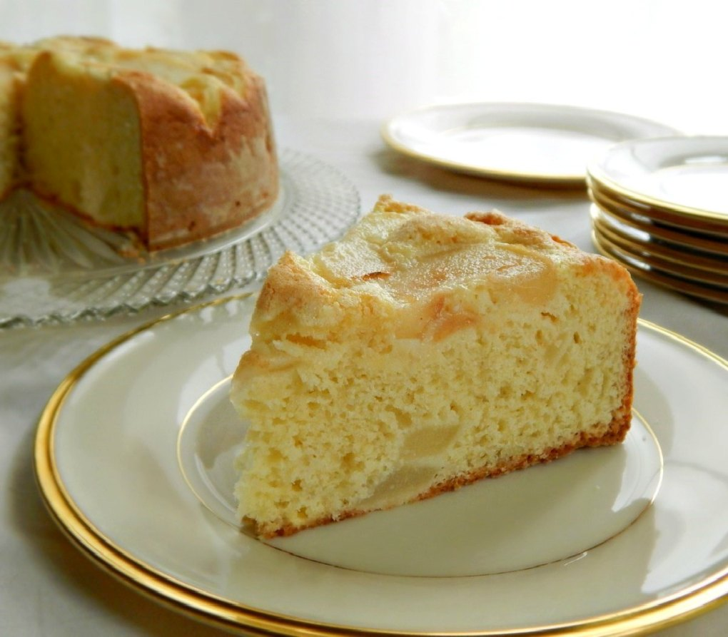 Quick Old-Fashioned Pear Cake
