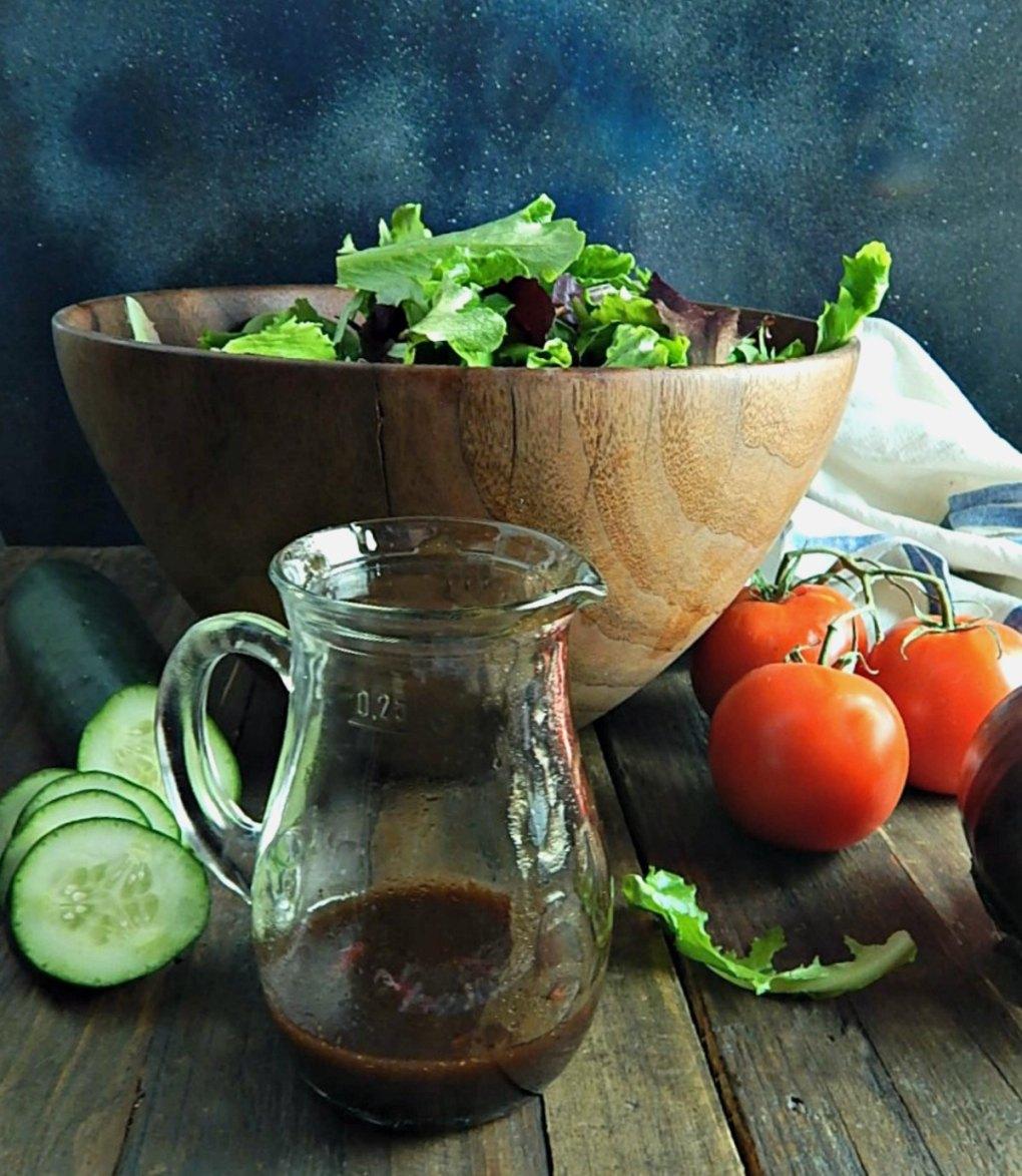 Simple Italian Balsamic Vinaigrette