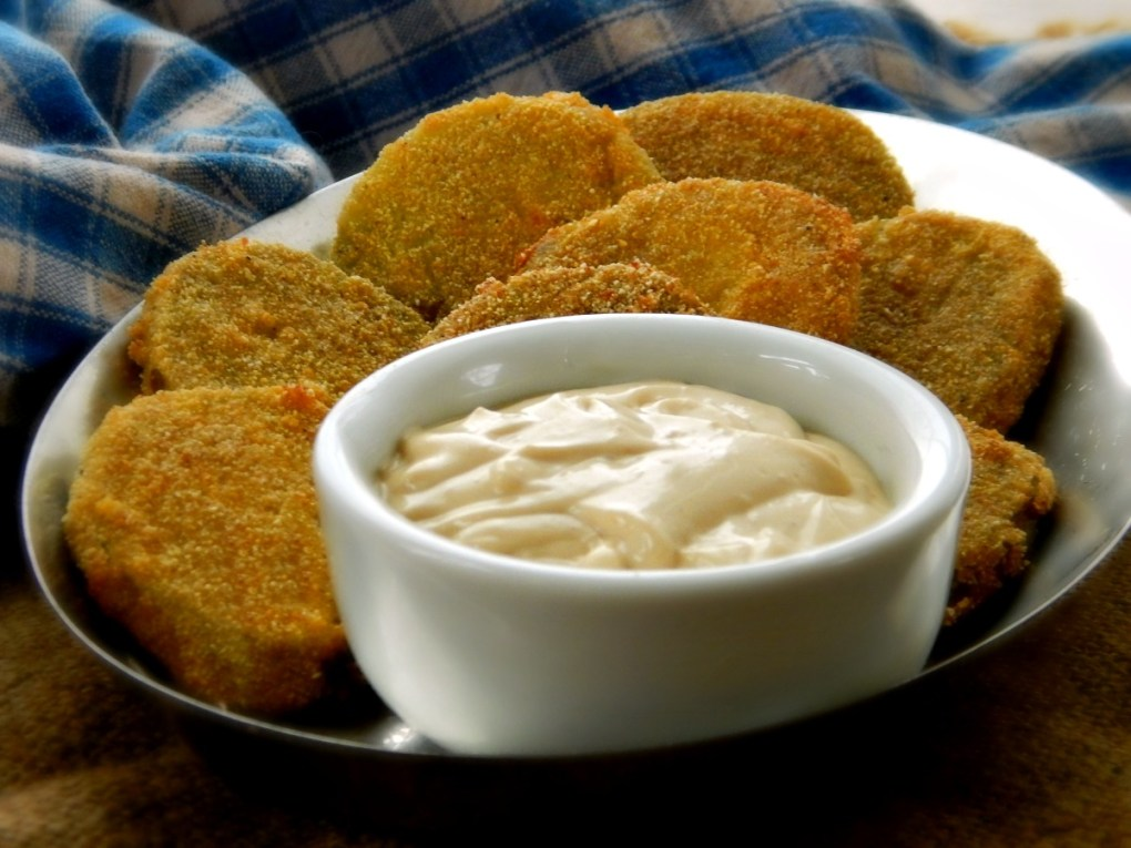 Fried Green Tomatoes with Spicy Remoulade