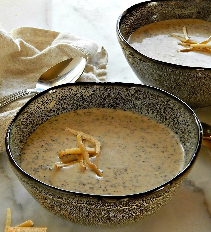 Creamy Mushroom Brie Bisque