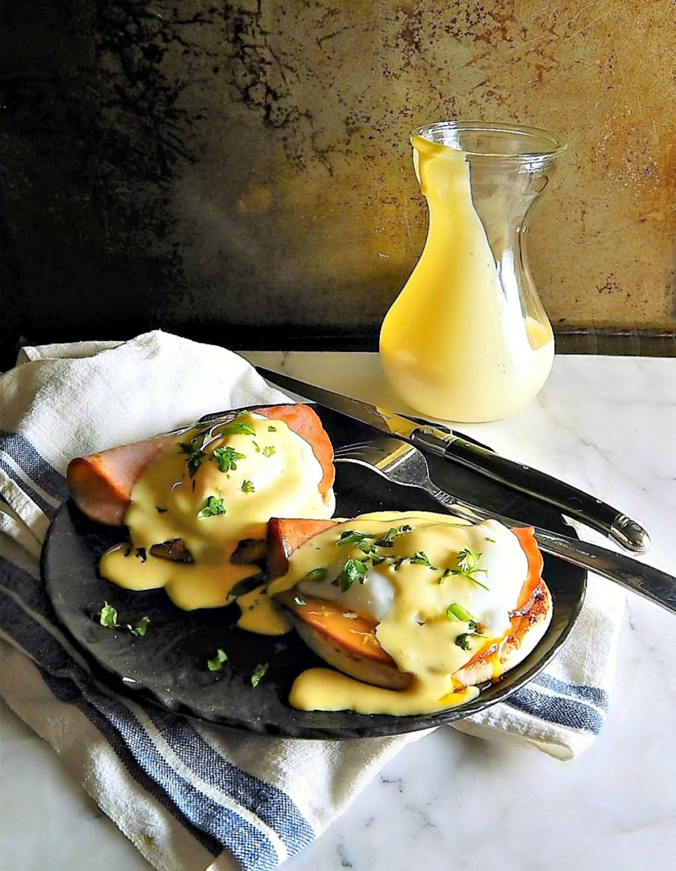 Classic Eggs Benedict & Hollandaise Sauce