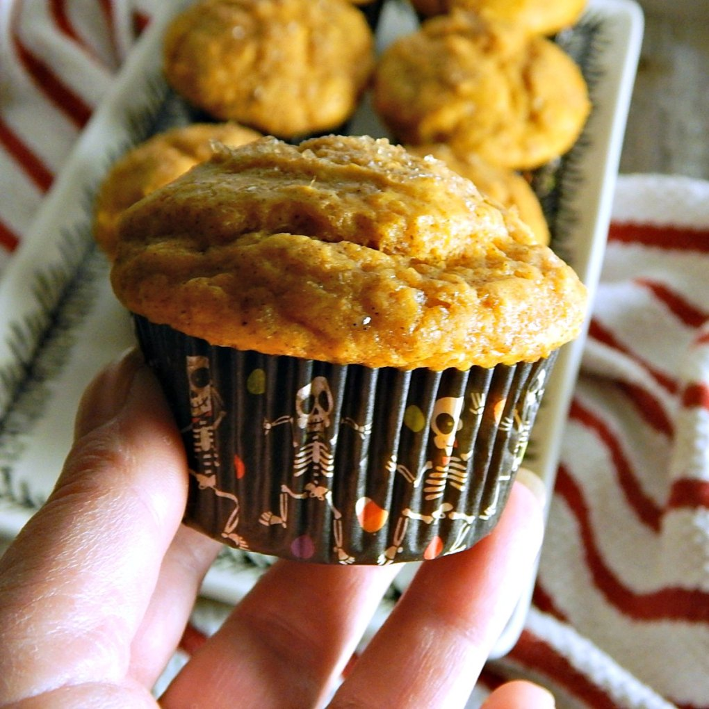 Healthier Cinnamon Sugar Pumpkin Muffins