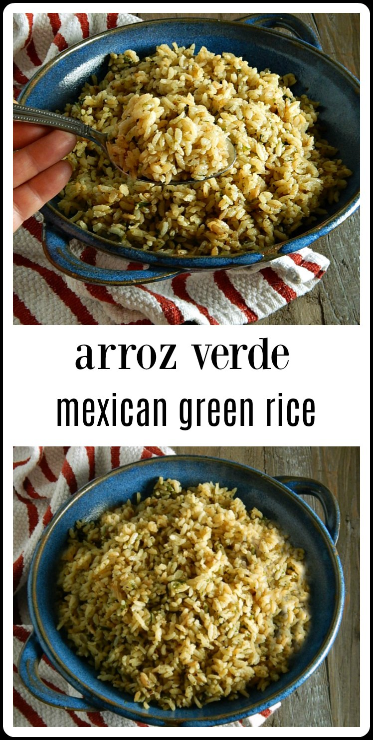 Arroz Verde Mexican Green Rice is just the thing for a Mexican feast or a side dish for any recipe with green chili. It's a nice change up from the red rice. #ArrozVerdeMexicanGreenRice
