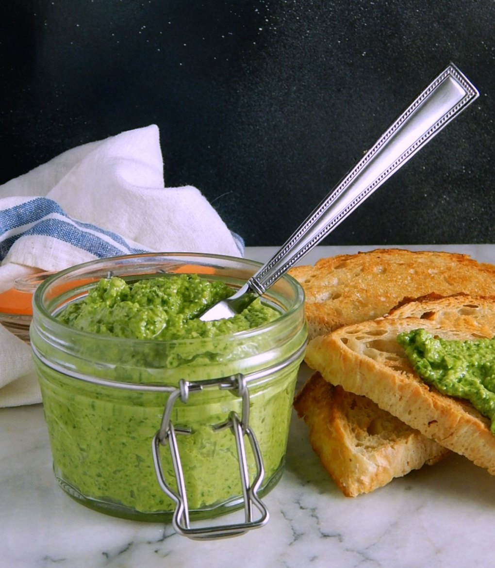 Fresh Pea Pesto