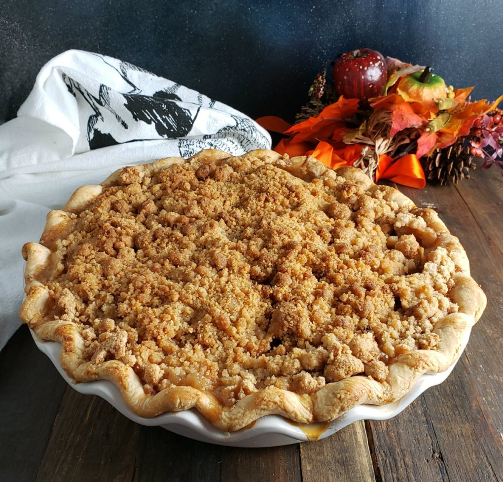 Pennsylvania Dutch Apple Pie