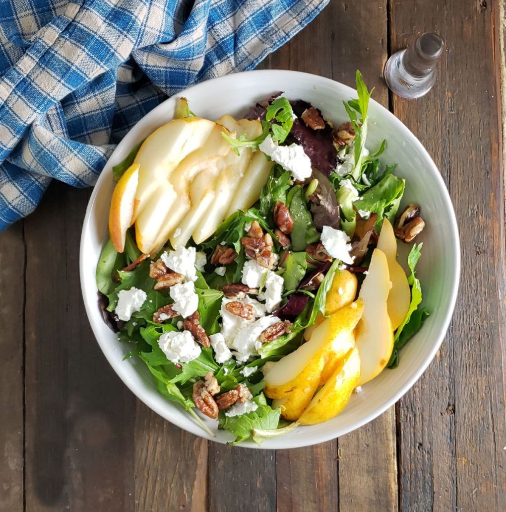Arugula Pear Salad with Ginger Vinaigrette