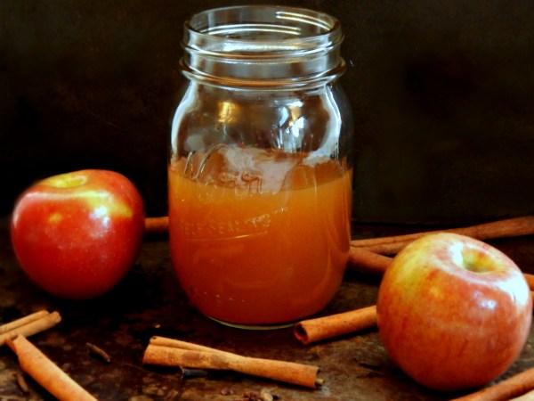 Apple Pie Moonshine Frugal Hausfrau