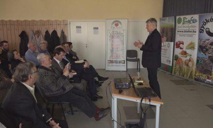 Beszámoló 'A magyar meggy piaci lehetőségei' című szakmai napról