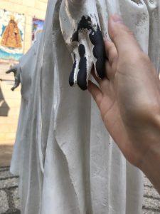マリアの手