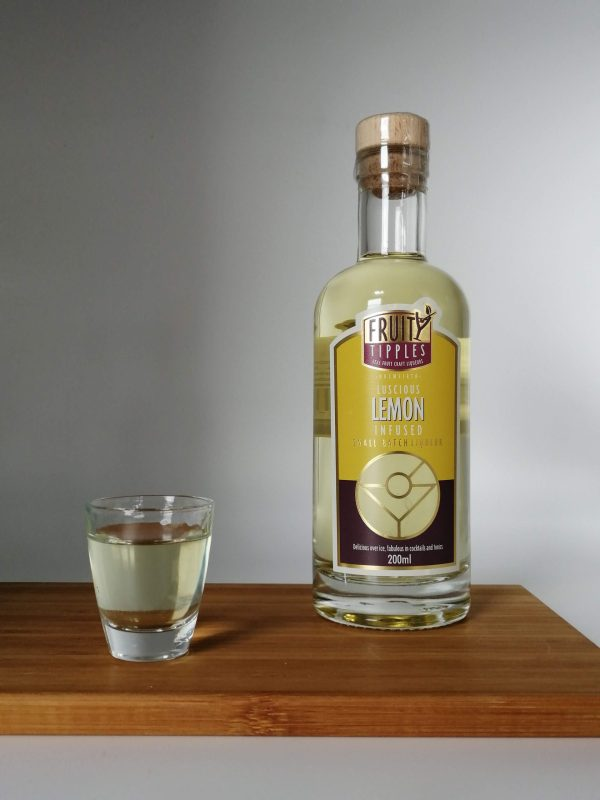 image of lemon Fruity Tipples premium cocktail liqueur
