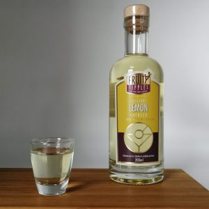 image of lemon Fruity Tipples premium cocktail liqueur