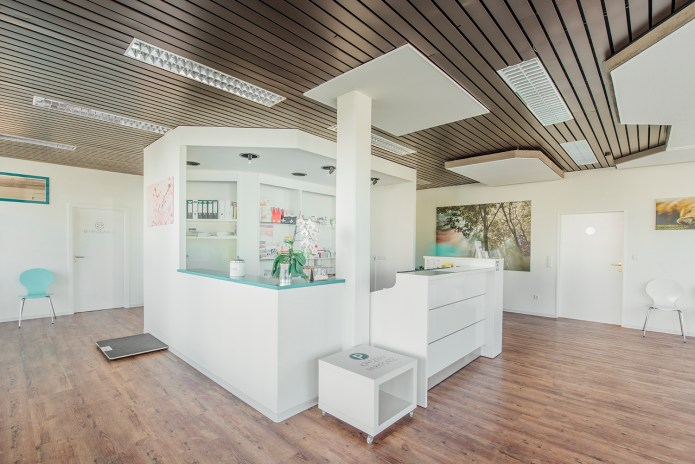 tierarztpraxisweinstadt92458345217