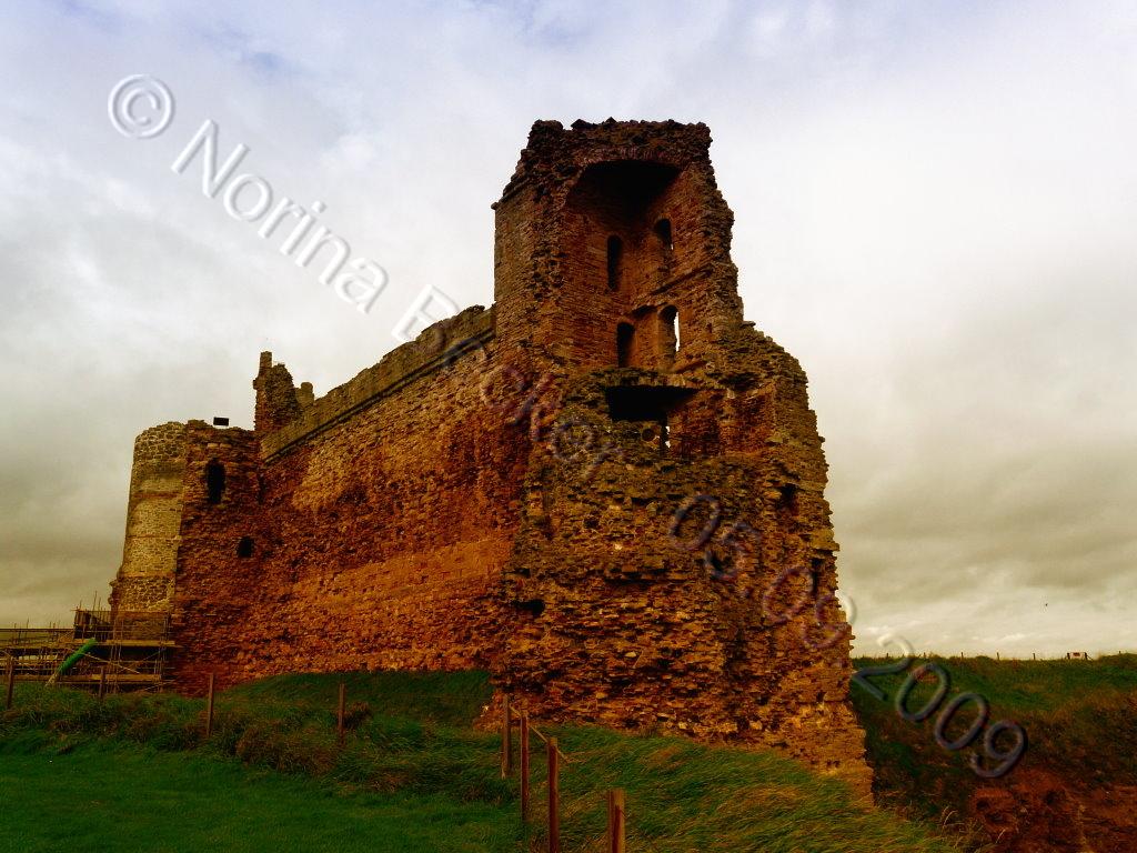 Tantallon Castle 2009 01