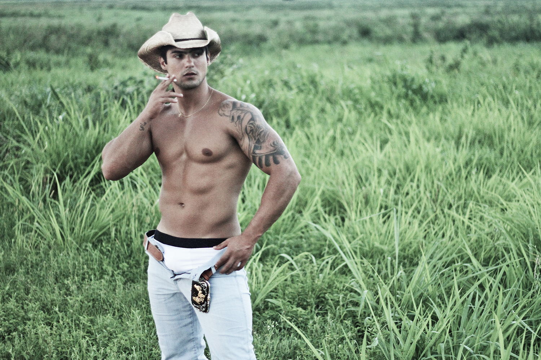 "Juninho Fernandes ""COWBOY"" by Binho Dutra"