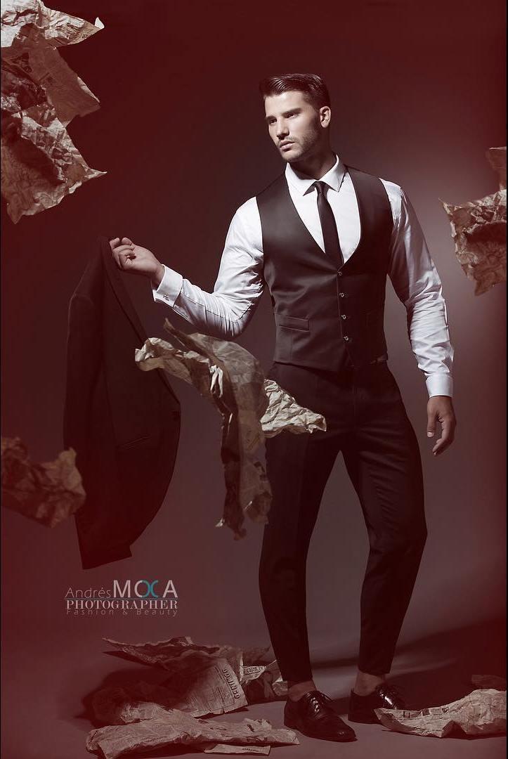 Alex Cifo by Andres Moca