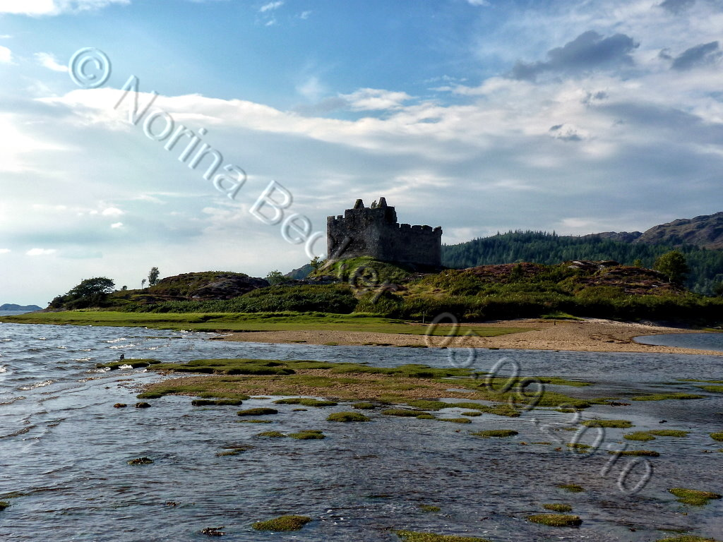 Castle Tioram 2010 01