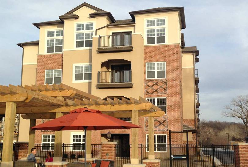 Briarcliff Riverfront Apartments, Kansas City, MO