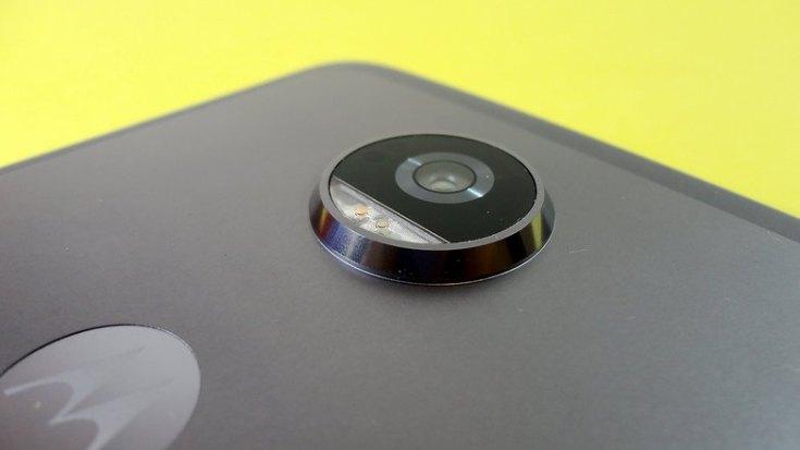 moto z2 play camera detals flash