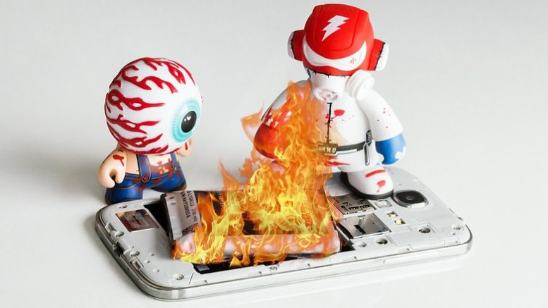 AndroidPIT Smartphone On fire