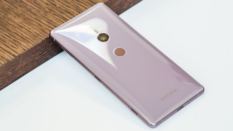 AndroidPIT sony xperia xz2 back iso h5c