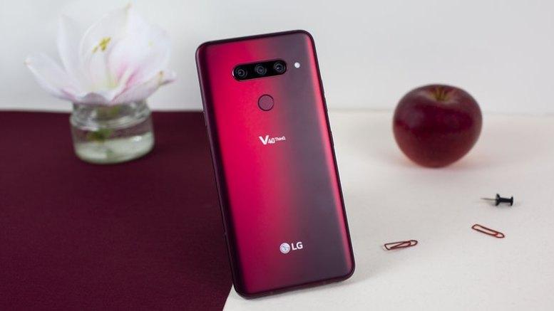 LG V40 03