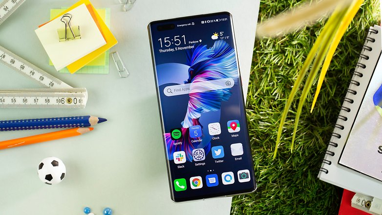 Huawei is NextPit mate the screen 40 Happens in Vegas