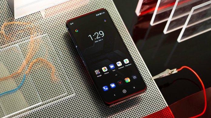 NextPit Lenovo Phone Duel L79031 screen