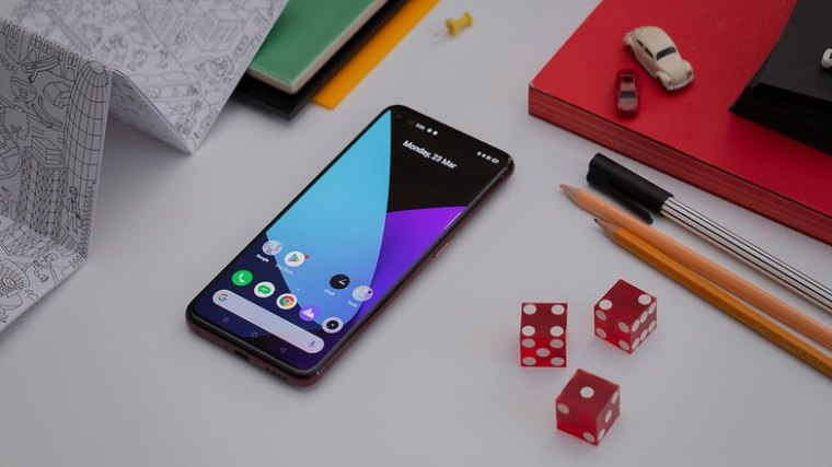 AndroidPIT realme x50 pro 5g front