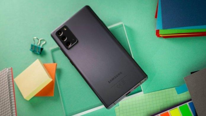 NextPit Samsung Galaxy Note 20 back