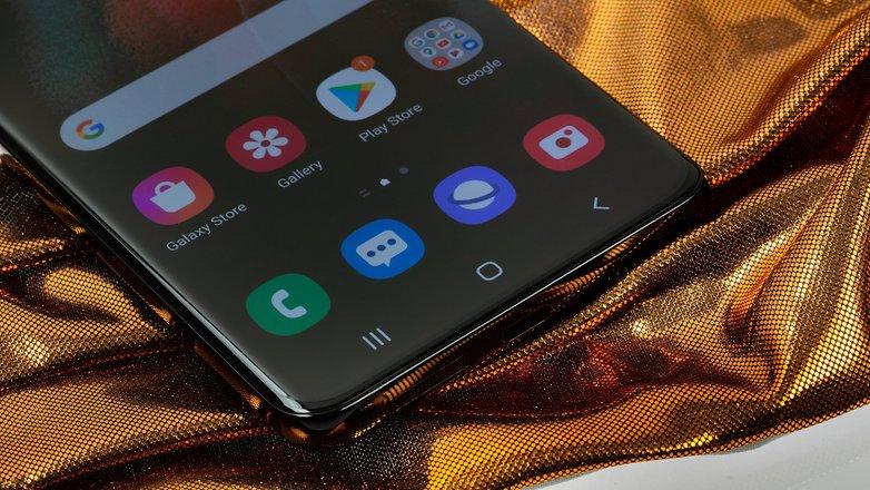 Samsung Galaxy S21 are no USB NextPit