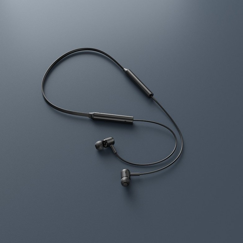 Redmi SonicBass Wireless Earphones 6