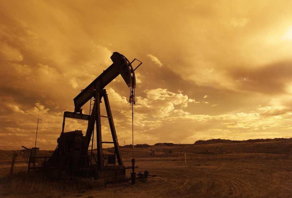 In Rural Texas Oil Fields, 'Landmen' Are the Ultimate Road Warriors