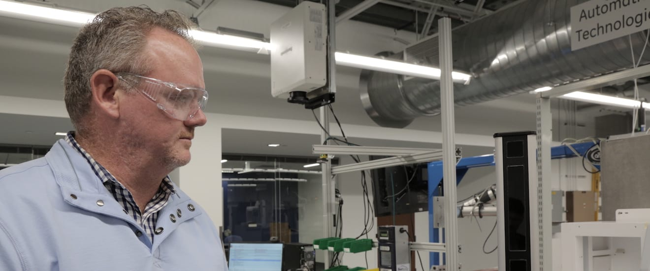 Next-Gen Manufacturing: The Future of Making (and Fixing) Things with Augmented Reality