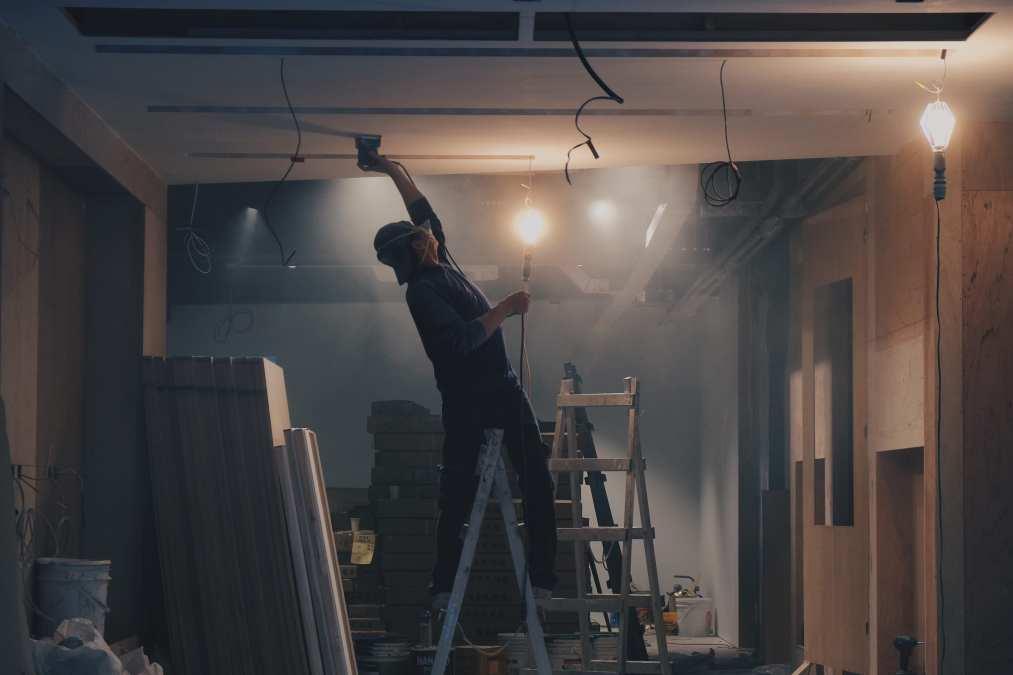 Preventing Asbestos Exposure in the Industrial Workplace