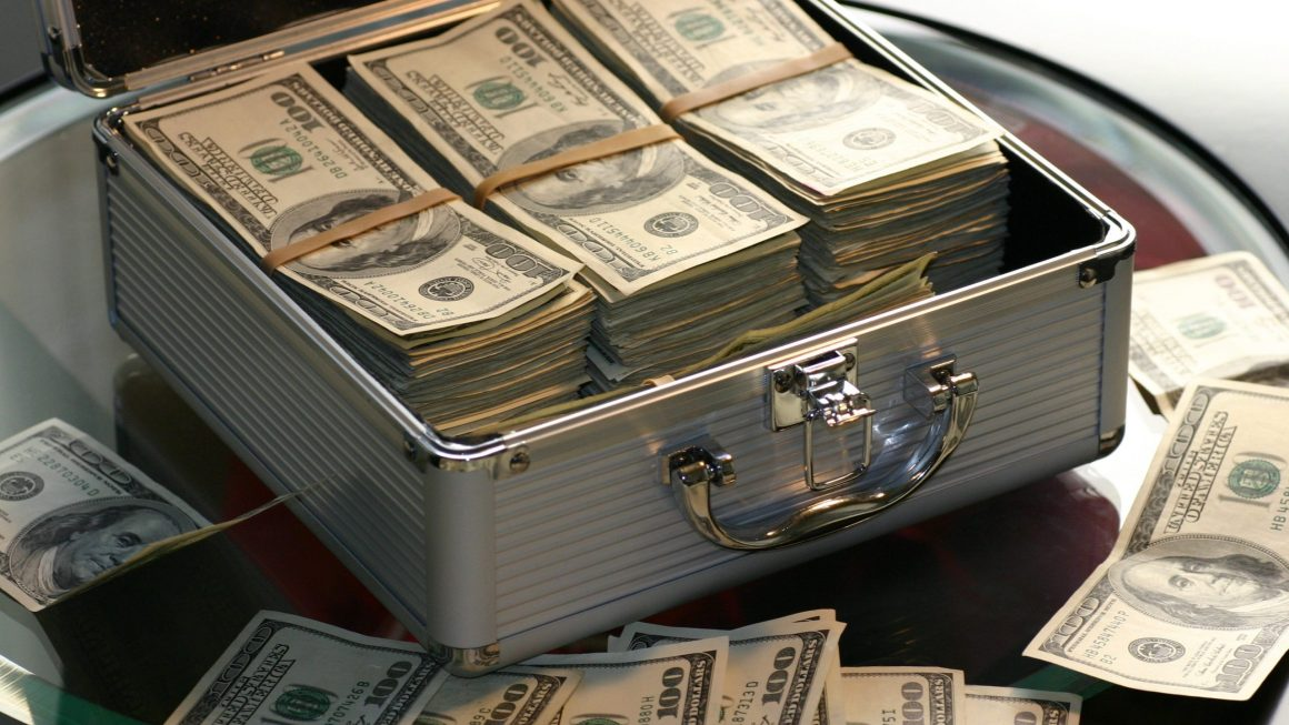 10 wealth-building and wealth-maintenance tips