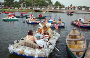 boat-parade-advocate-2013july4