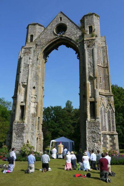 walsigham-pilgrimage-1