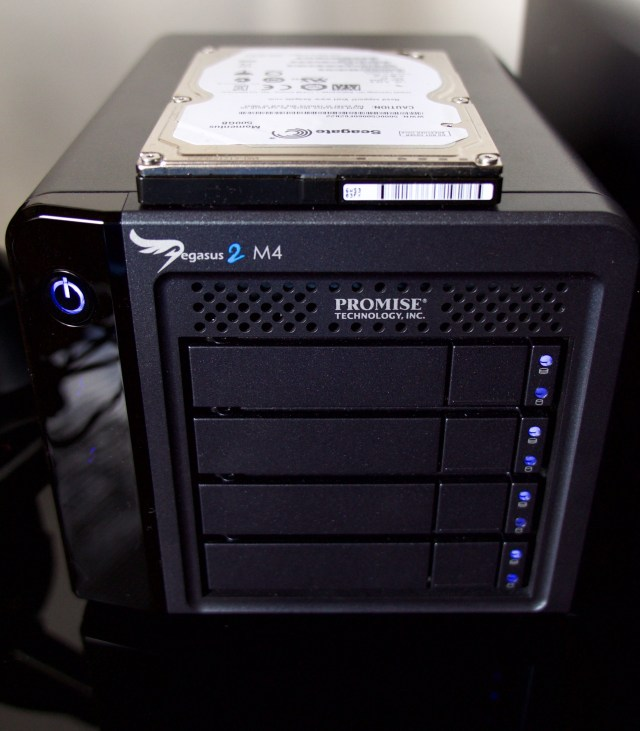 Compare size of M4 with 2.5 HDD