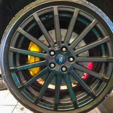 4-piston-big-brake_4