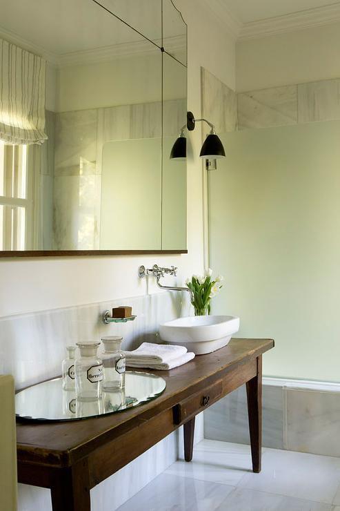 16 Modern Farmhouse Bathrooms on Modern Farmhouse Shower  id=99103