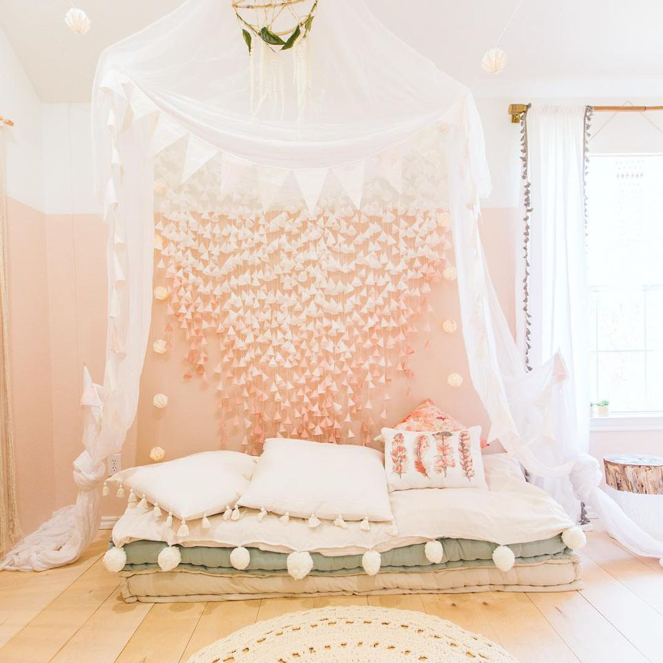 """21 """"Dream Bedroom"""" Ideas for Girls on Beautiful Room For Girls  id=80882"""