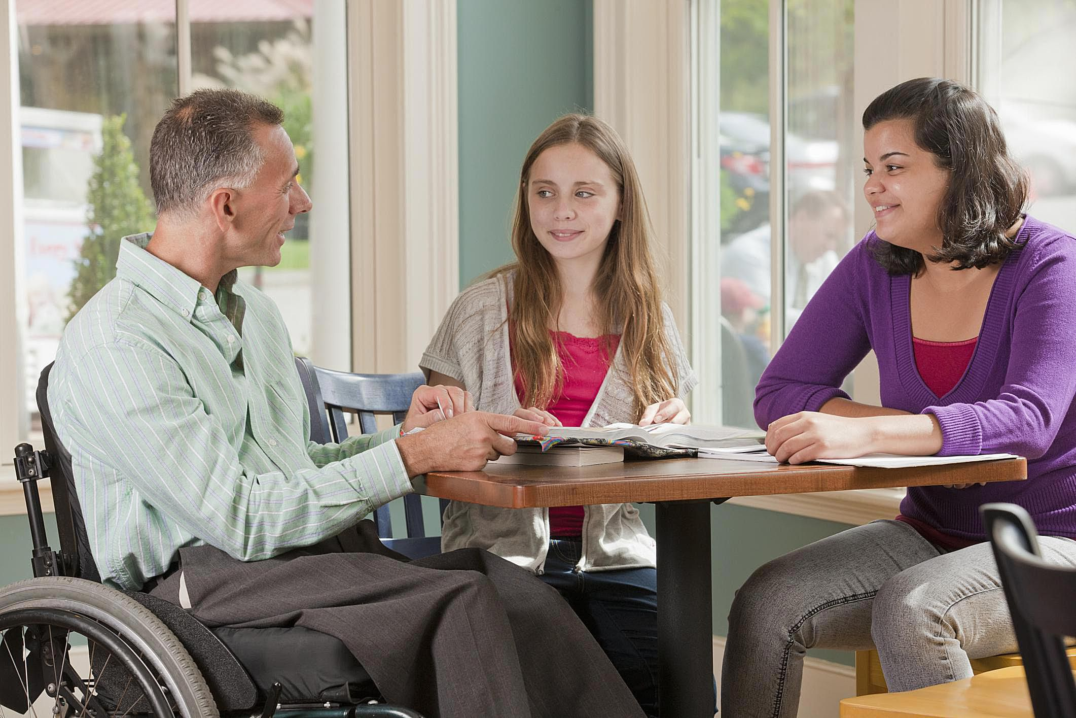 What Are The Requirements To Become A Foster Parent