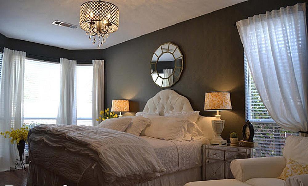 Romantic Bedroom Decorating Ideas on Pictures Room Decor  id=99377