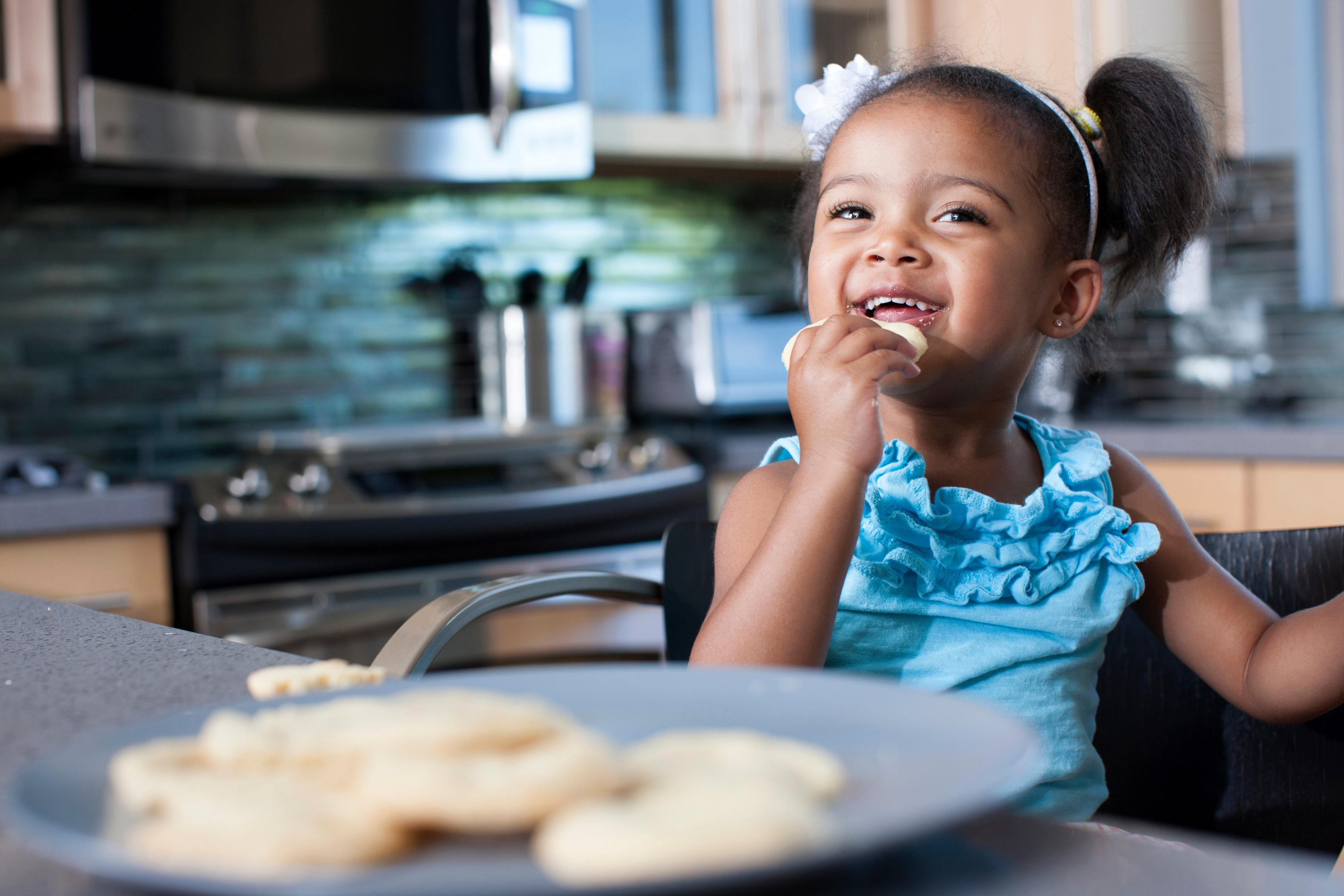 Tips For Teaching Table Manners To Preschoolers