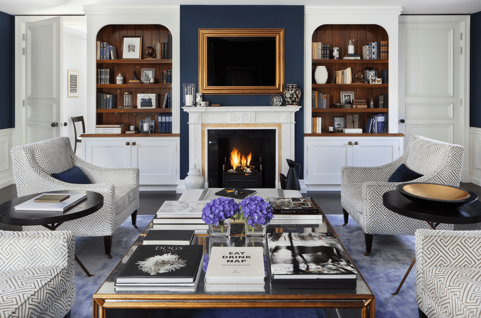 20+ Beautiful Living Rooms With Fireplaces on Small Space Small Living Room With Fireplace  id=37792