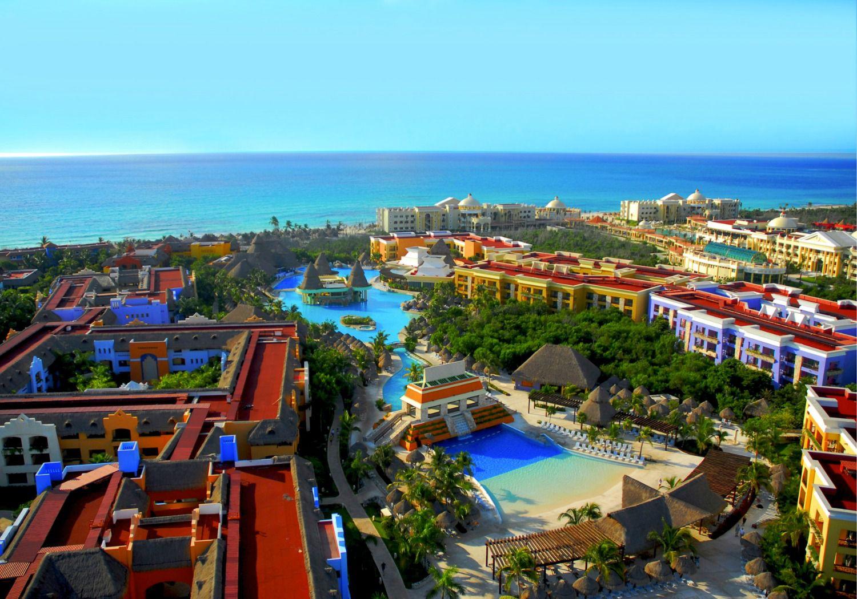 Iberostar Resorts On Playa Paraiso On Riviera Maya