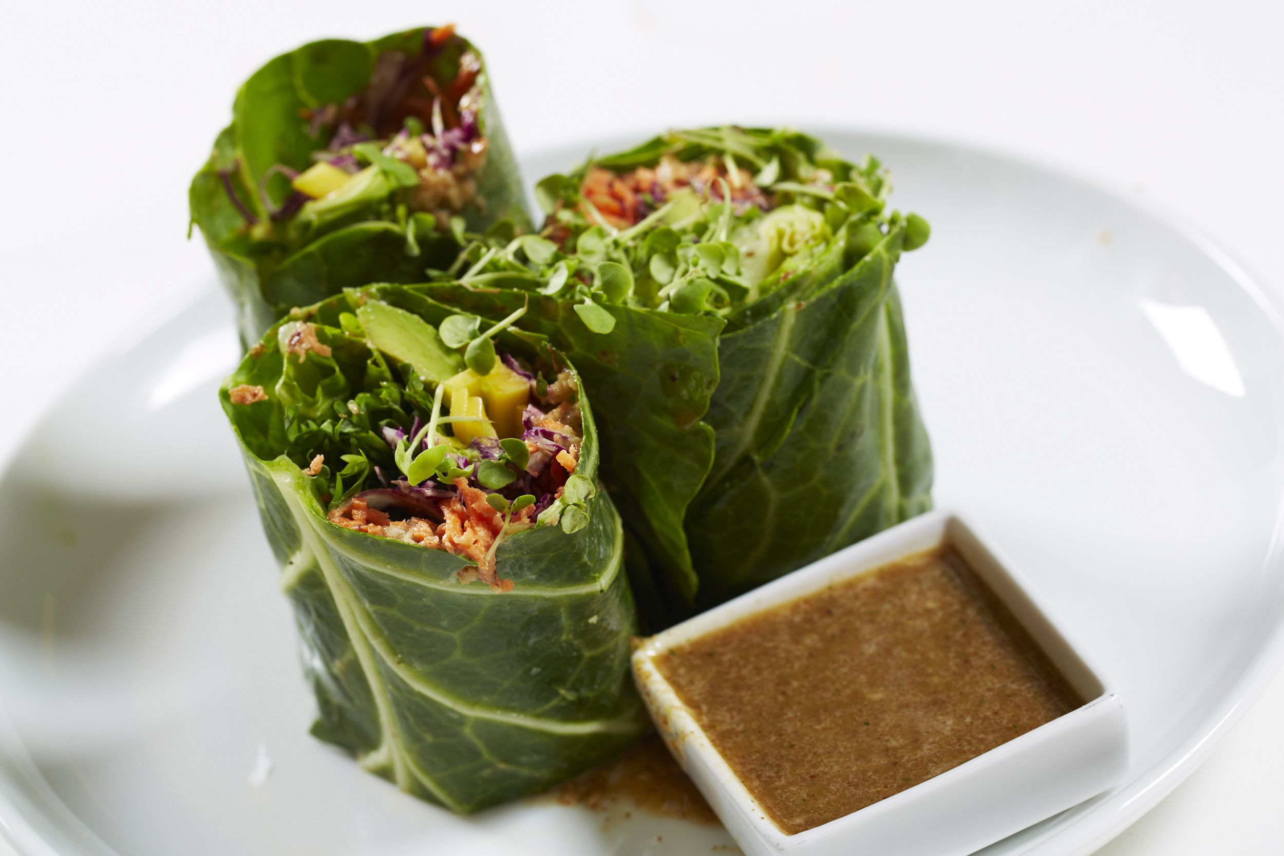 Raw Vegetable Lettuce Wraps