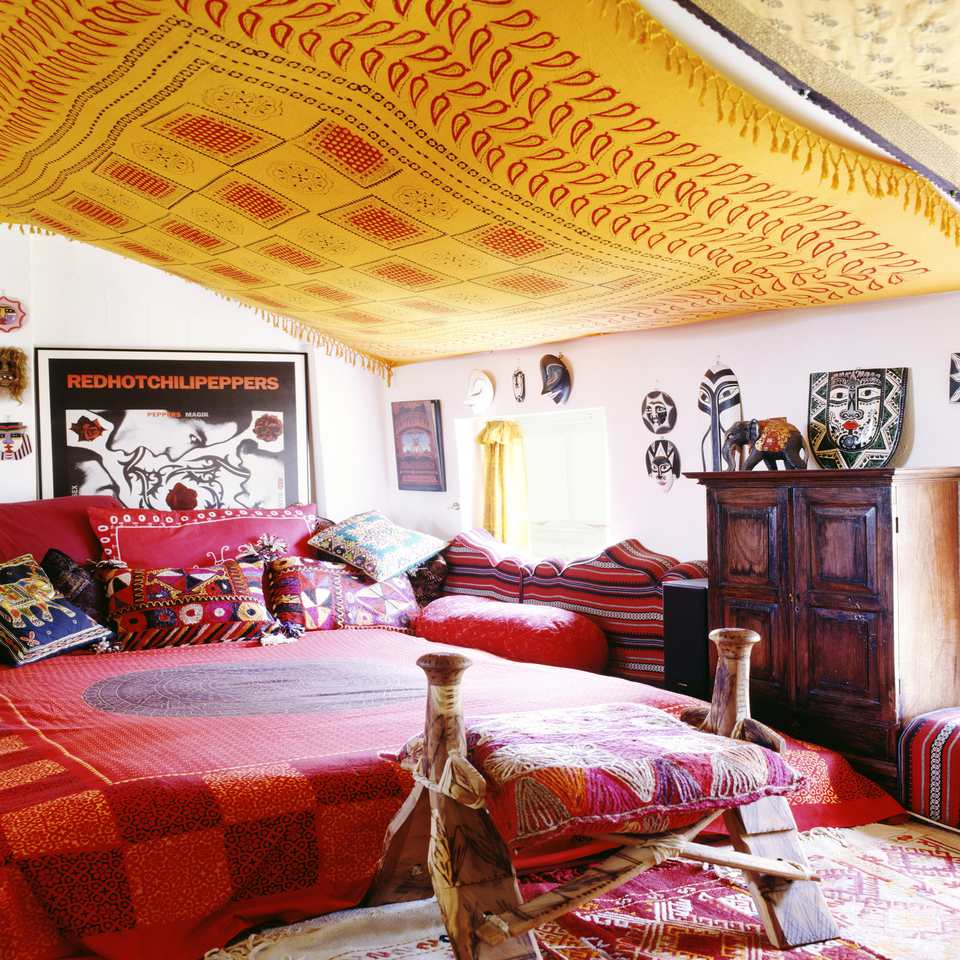 Beautiful Boho Bedroom Decorating Ideas and Photos on Boho Bedroom Decor  id=68143