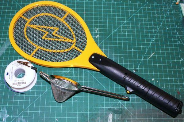 How to Build a Homemade Static Grass Applicator